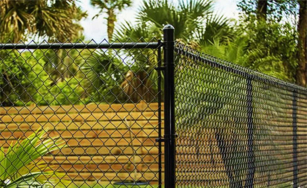 chain link fence miami florida back yard security fence-15